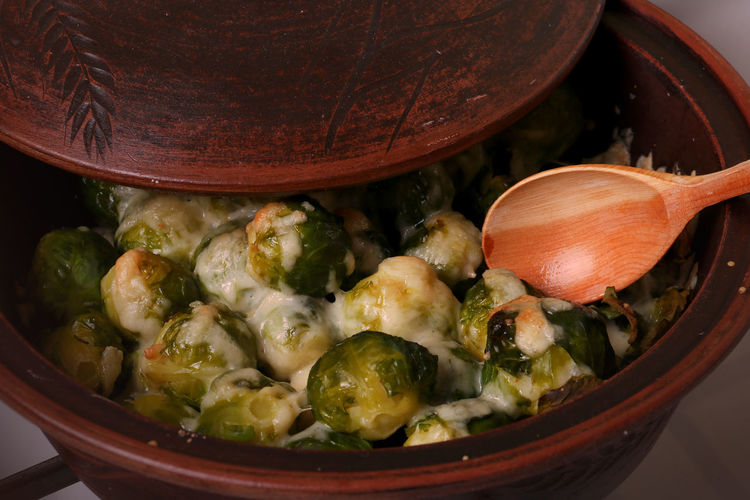 Close-up of brussels sprouts in bowl