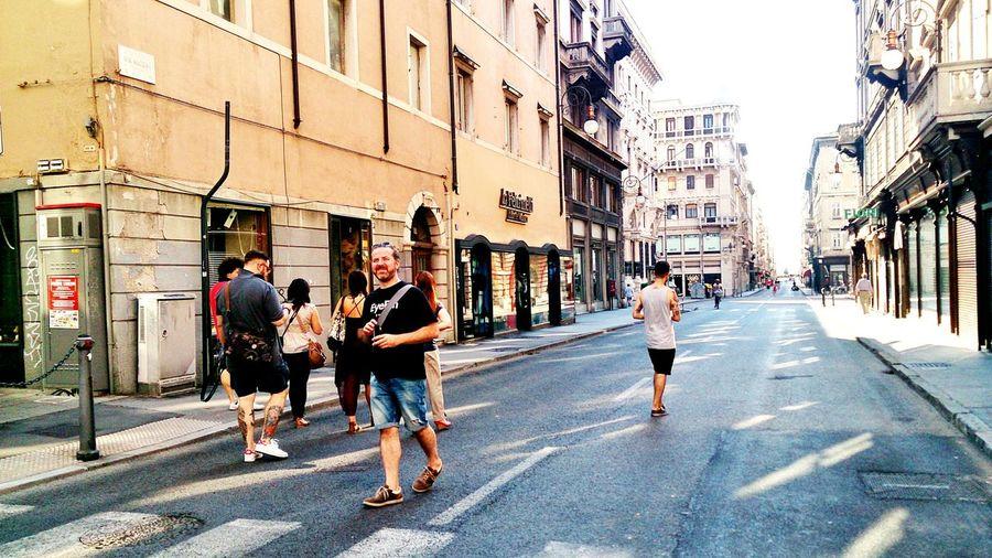 Via Mazzini tutta per noi... EEA3-Trieste Streetphotography Trieste TriesteSocial People Lifestyle Sonyxperiaz1 Enjoying Life Eyeem People Open Edit RePicture Masculinity