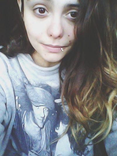 Levantarme y verte a ti, no pido más? That's Me Hello World Goodmorning Onelove♥