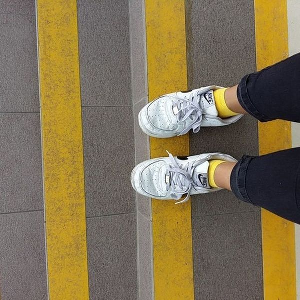 Air Force One White And Black Blackandwhite Shoes Nike Nike✔ Tumblr Girl Tumblrgirl Ootd ✌ Jean Blue Jean