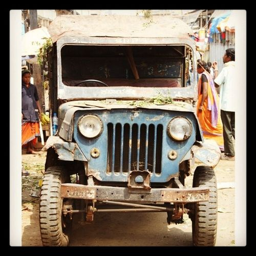 Old Jeep at KR market. Looks more like a garbage collection vehicle. Almost held together by glue. Willys Bluefoot IndiaTrail