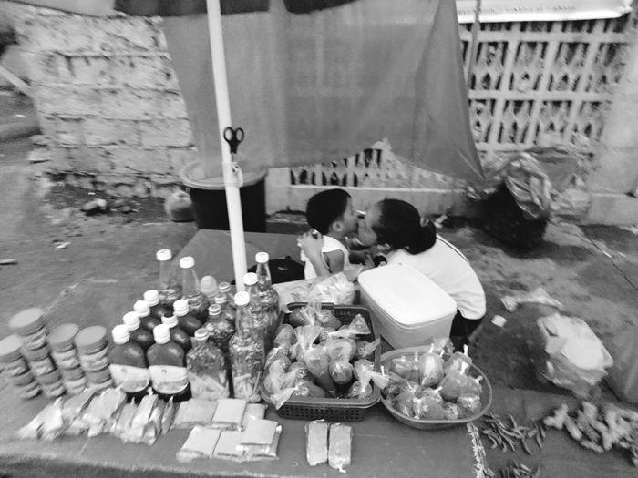 Loving mother Eyeem Philippines EyeEm Best Edits EyeemPhotos South Cotabato Xperiax EyeEmBestPics EyeEm Gallery SONYXPERIAX Eyeemphoto Xperia X Vendor Streetphoto_bw Street Fashion Street Art Street Photography Streetlife Street Photo Streetphotography Mother And Son Motherslove Mother Son Love Love Without Boundaries Lovely Day