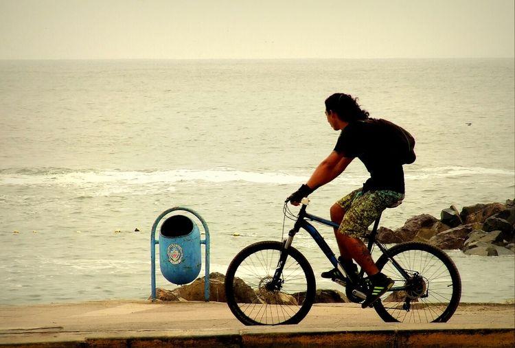 Una vuelta en bicicleta - A Bike ride Sports Antofagasta Excercising Walking Around