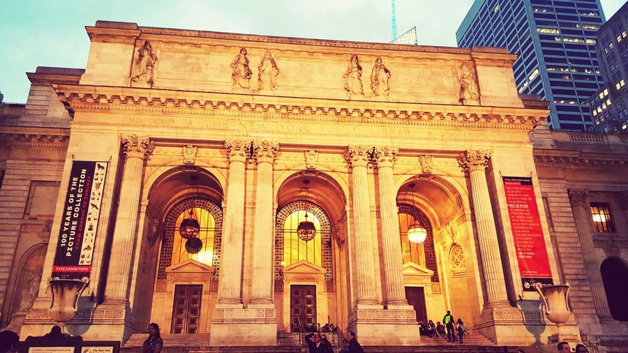 New York Public Library Library Bryantpark Nycpublicibrary Evening Shot First Eyeem Photo Bryantpark