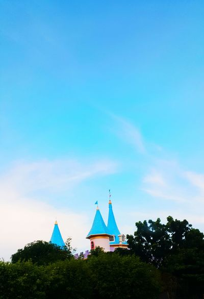 the hidden castle... Sky No People Outdoors Architecture The Great Outdoors - 2017 EyeEm Awards The Street Photographer - 2017 EyeEm Awards Best Of EyeEm EyeEmNewHere Break The Mold Its More Fun In The PHILIPPINES! High Angle View Live For The Story BYOPaper! Tranquil Scene Outdoors Sky And Clouds Castles Bacoor Out Of The Box