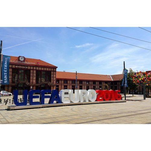 Uefaeuro2016 à SaintEtienne Chateaucreux et découvrir la beauté de Stetiénne fifa fairplay