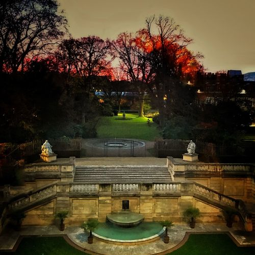 Hanging Out Winter Nightphotography Sénat Luxembourg Garden Check This Out IPhoneography