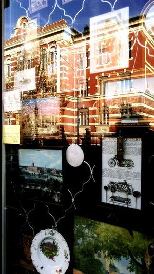 Potsdam Holländischesviertel Old Town Window Window Reflections Houses And Windows Spiegelungen Spiegelbild Spiegelung Reflection Reflections Urban Reflections