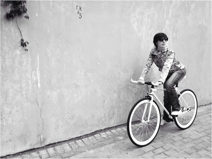 Pure Fix Fixed Gear Black And White Bike