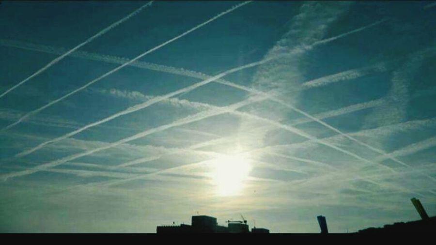 Chemtrails Agenda 21 Grid Pattern Aerosols Chemtrails GeoEngineering Whatthefuckaretheyspraying Chemical Sky Chemtrails