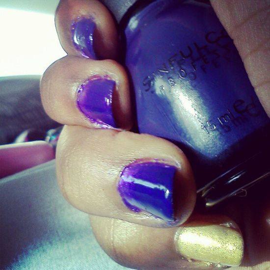 Me Notd Nailsoftheday SinfulColors Mesmerize Ombrenails Violet Purple