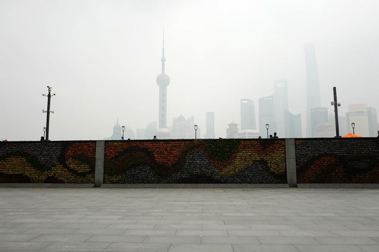 Skyline Cityscapes Flower Wall