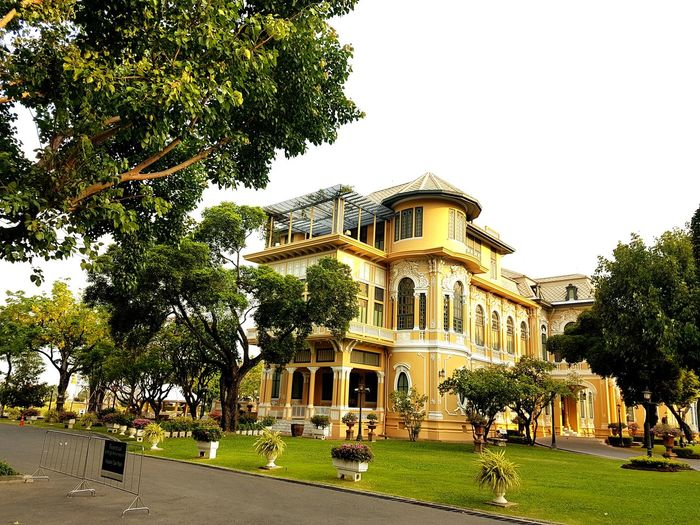 graceful Palace Of Fine Arts Tree City Sky Grass Built Structure