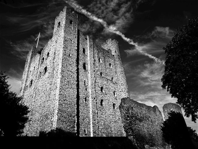 Breathing Space Low Angle View Tree No People Sky Outdoors Day Architecture Nature Close-up Rural Scene Storm Cloud Architecture Amazing Places Todays Hot Look. Travel Destinations Scenics Cloud - Sky Built Structure Bridge - Man Made Structure Rochester Castle Illuminated Live For The Story EyeEm Selects