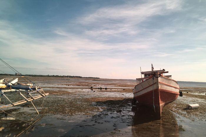Low tide. Eyemphotography EyeEm Best Shots Boats Low Tide EyeEm Gallery