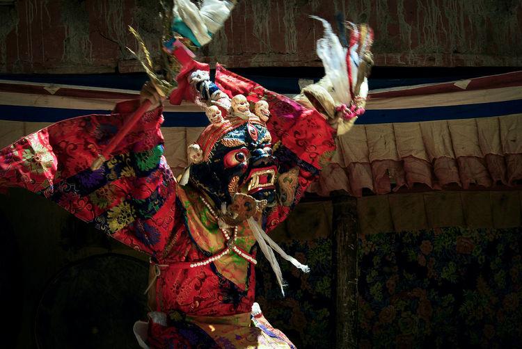 ZANSKAR, KARGILl District, INDIA – JULY 12, 2007 : Tibetan Buddhist Lama of Karsha Monastery in Padum Valley perform mask dance of Mahakala, a Wrathful Deity and Dharma Protector in Karsha Gusto Festival. Himalayas Karsha Gusto Festival Karsha Monastery Ladakh Mahakala Padum Valley Tibetan Buddhism Zanskar  Celebration Ceremony Clothing Costume Deity Lamasery Mask Monastery Monk  People Performance Performance Real People Religion Ritual Spirituality, Tibetan Culture