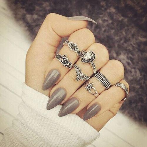I LOVEEEEEEEE THIS.... Pretty Nails Girls Being Girls Beauty I Love It Beautiful Nails♡ Stiletto Nails Cool