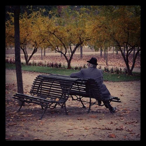 A man in Aranjuez Streetphotography