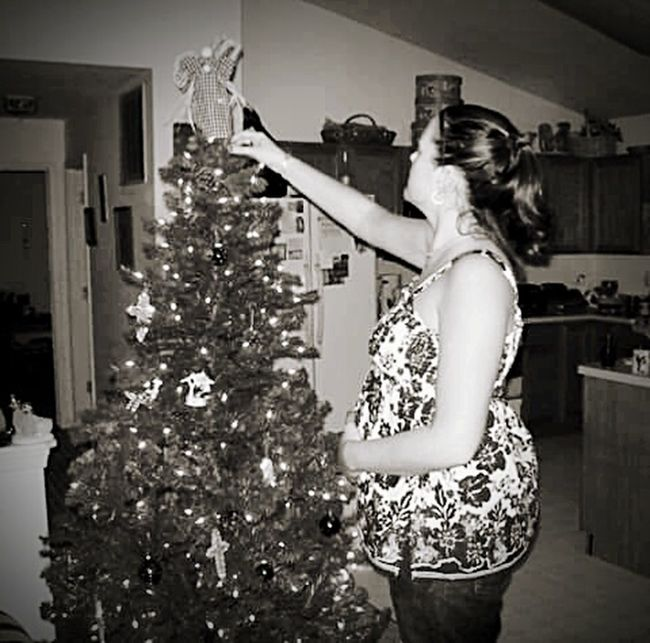 Portrait Of A Friend Christmas Christmas Tree Pregnant Pregnancy Black & White Family Mother New Mother
