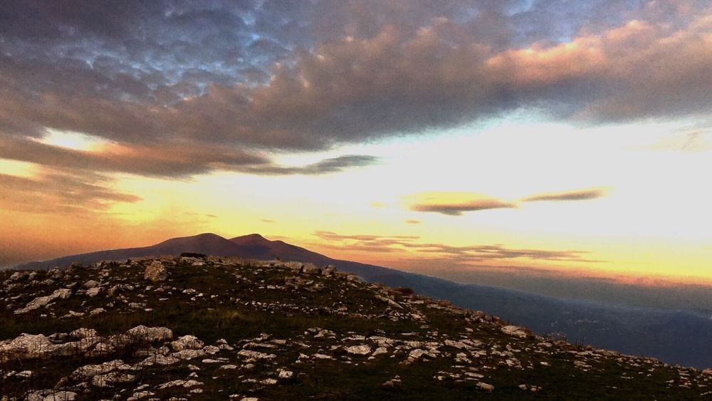 La magia intorno a un vecchio vulcano Sunset Scenics Sky Beauty In Nature Nature Mountain Cloud - Sky No People Tranquil Scene Tranquility Outdoors Sea Landscape Water Day