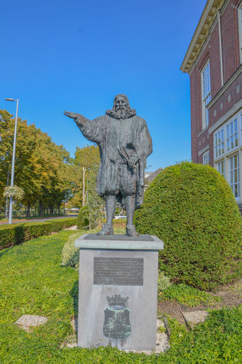 Statue Of Hydraulic Engineer Leeghwater At Hoofddorp The Netherlands Netherlands Engineer Hoofddorp Human Representation Hydraulic Leeghwater Outdoors Statue