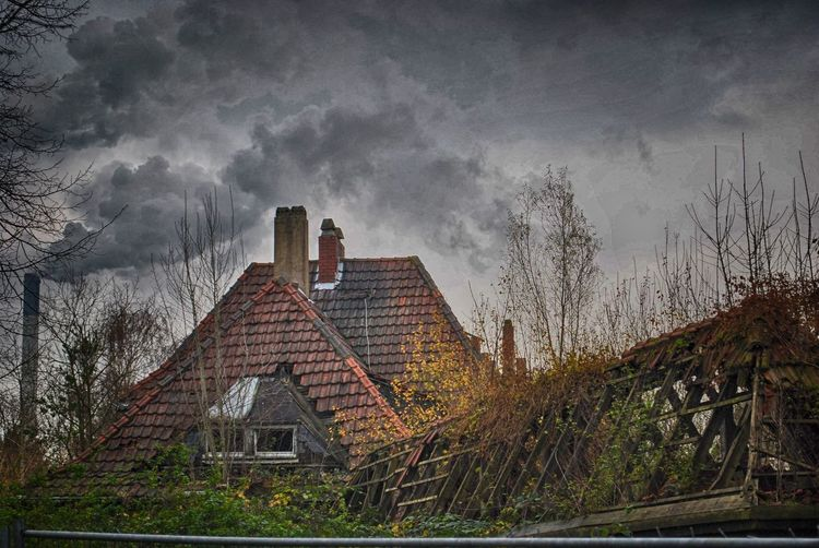 Architecture Building Built Structure House Lost Places Outdoors Ruined Sky EyeEmNewHere