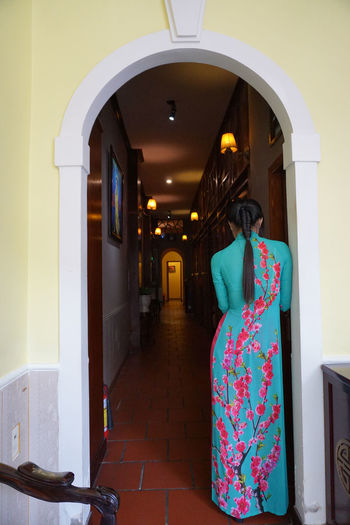 Traditional Vietnamese Lady Costume Ao Dai Ao Dai Vietnam Arch Architecture Beautiful Lady Body Shape Building Exterior Built Structure Day Door Flower Indoors  Indoors  Lady Long Hair No People Traditional Costume Vietnam Vietnam Culture áo Dài ❤