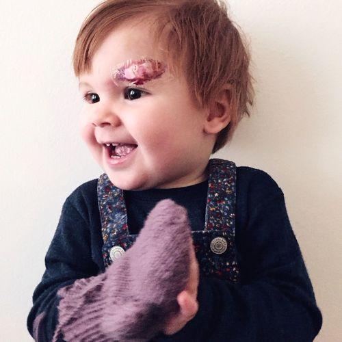 Baby Wearing Glove