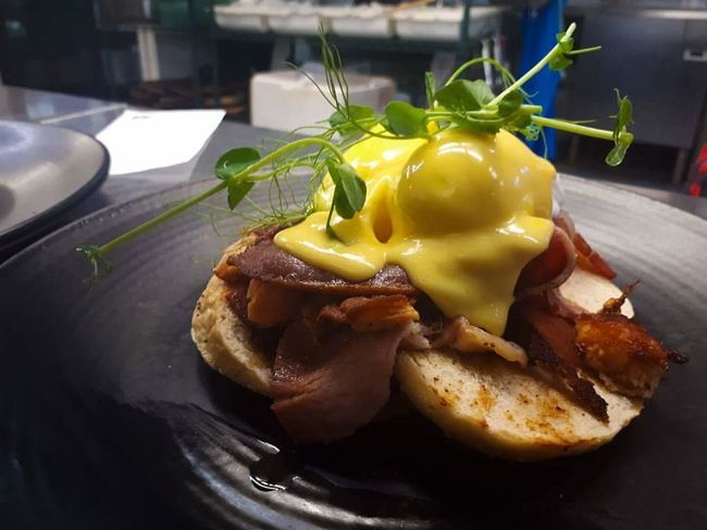 egg Benedict Hollandaise Bacon! EGGBENEDICT Chef Culinary Food Stories Food Food And Drink No People Bread Freshness Meat