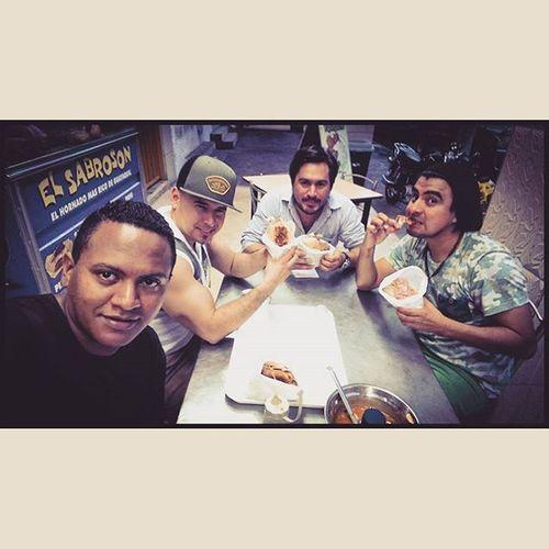 Yesterday Bros Pañaaaaa Llegoelchikito Sanduchefue