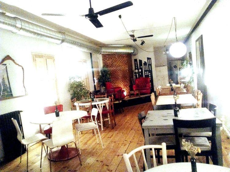 El salon. Increible Great Atmosphere Eating Dinner