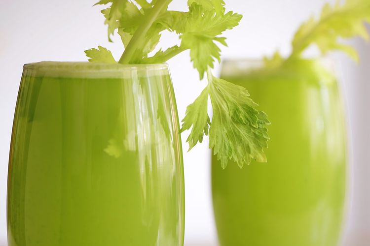 Green Juice Celery Juice Celery Celery Leaf Leaf Plant Part Green Color Nature Food No People Growth Healthy Eating Food And Drink Freshness Close-up Day Sunlight Herb Vegetable Wellbeing Leaves Plant