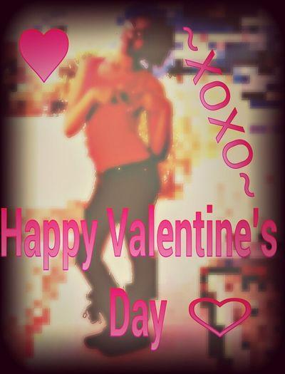Happy Valentine's Day ♥♡♥ I look CUTEE thoe ♡♡♥♥(^·^)