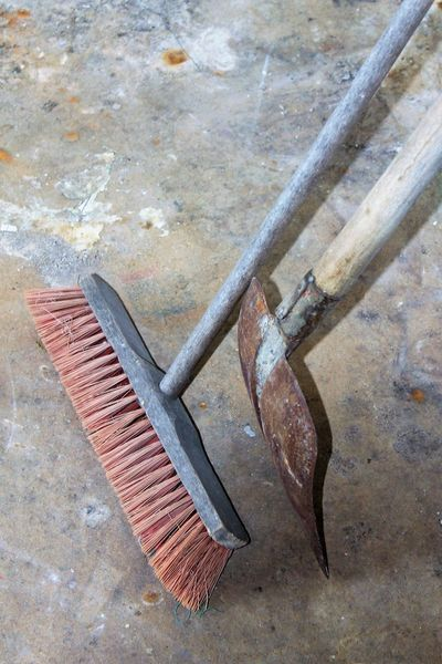 old broom and shovel Besen Broom Broomstick Hand Tool Rusty Shovel Schaufel Schipperke Shovel Tools Werkzeug Work Tool