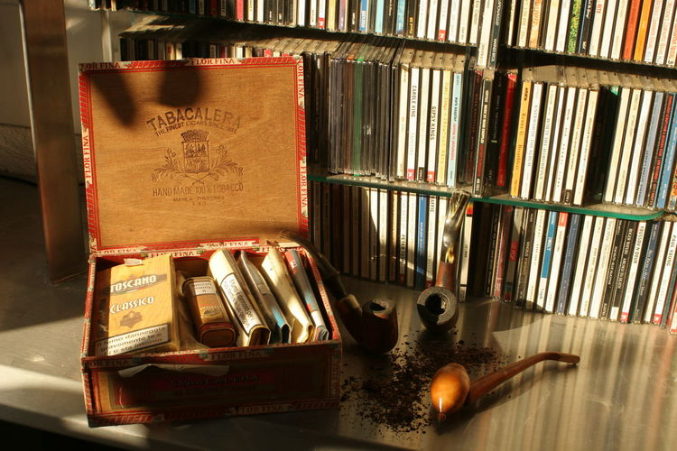 Pipe Pipe And Cd-rom Pipe And Tobacco Pipe Smoking Still Life StillLife StillLifePhotography Tobacco
