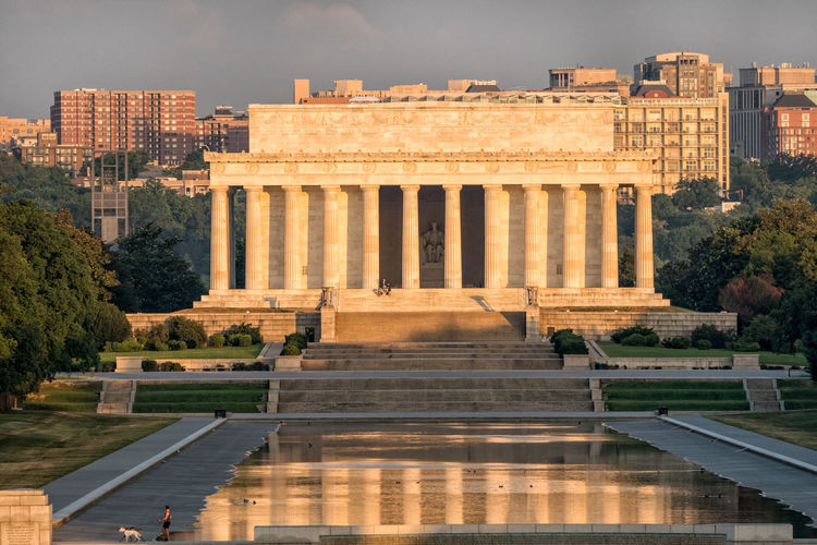 Arch Architectural Column First Light Historic Building Lincoln Memorial Lincoln Memorial Reflecting Pool National Monument Reflection Sunrise