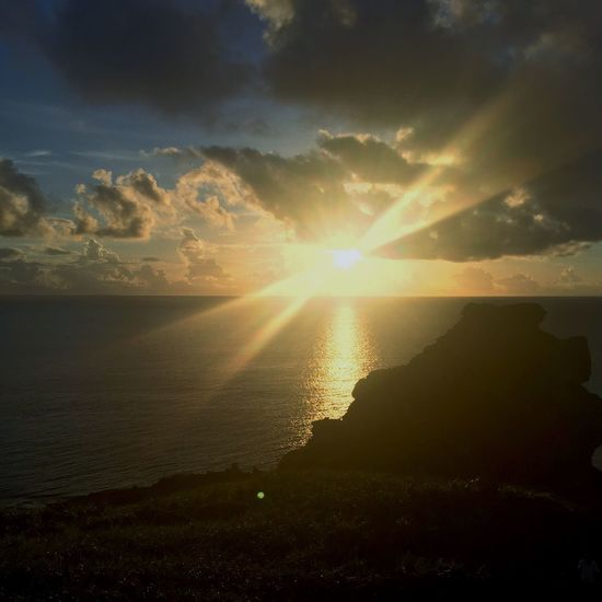 Sun Sunset Tranquil Scene Scenics Sunbeam Nature Sea Beauty In Nature Tranquility Water Sky Sunlight Idyllic Cloud - Sky No People Horizon Over Water Silhouette Outdoors Landscape Day Japan Okinawa Ishigaki Island
