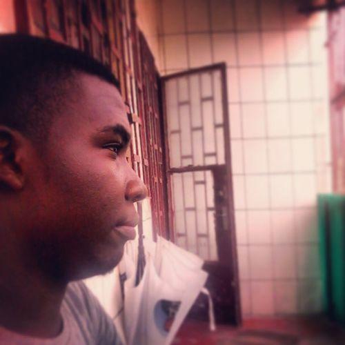 Un Morray toujours au calme... TeamMorray L4l Home Douala  Head