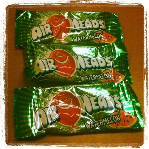 This is the only thing that is keeping me sane today. Treatyoself Mondays Airheads 4mohours