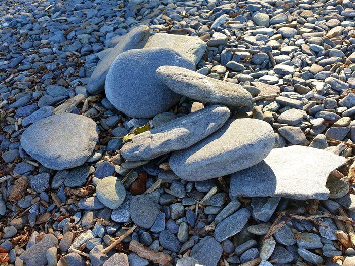 pebbles &