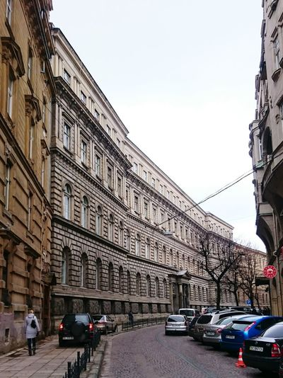 Lviv City Life Cityscapes Old Buildings Cars Украина♥ Україна львів Inline Inorder Alley Alleyway