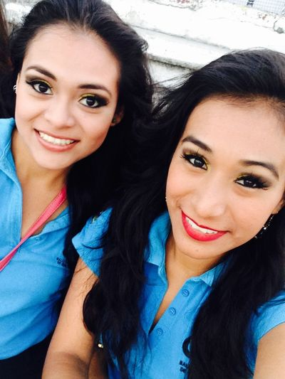 My friend love you! Girls Friends Cancun Danza Folclorica Presentacion Quintana Roo Makeup