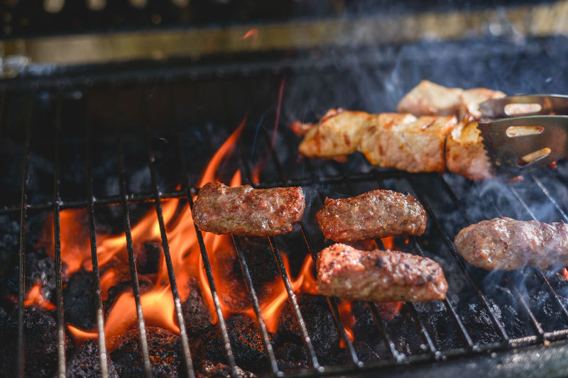 Barbaque Barbecue Barbecue Grill Barbecue Season Barbecuetime BBQ BBQ Time Burning Cevapi Coal Cooking Fire Flame Food Grill Grilled Grilled Chicken Grilled Meat Grilling Grilling Out Heat - Temperature Kitchen Meat Smoke Cevapi