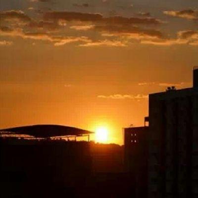 Pôr do sol lindo. GV Myhome