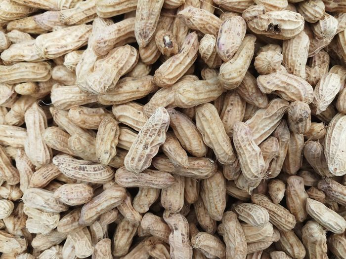 Peanuts or groundnut for sale in the market.