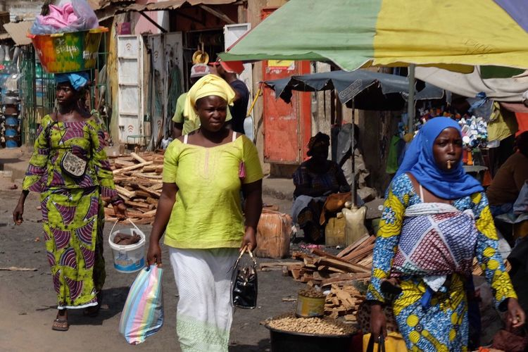 Market Traditional Clothing Women Real People Lifestyles Multi Colored Women Around The World Africa Gambia  The Street Photographer The Street Photographer - 2017 EyeEm Awards Neighborhood Map