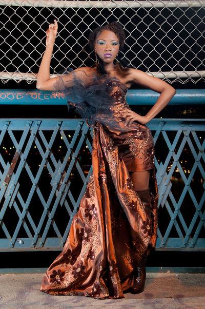 Manhattan Bridge Nikon Model Fashion