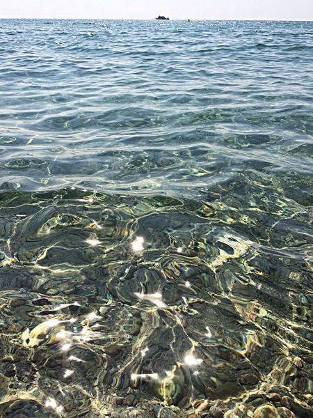 Water Reflections Sea Mar Mediterráneo Hello World viure sense pensar.. #holidays