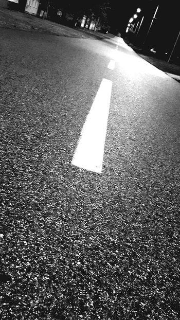 Nightphotography Blackandwhite Outdoors Night Illuminated Black Background Black And White Black & White Blackandwhite Photography Dark Deviation Perspectives On Nature Close-up Wintertime