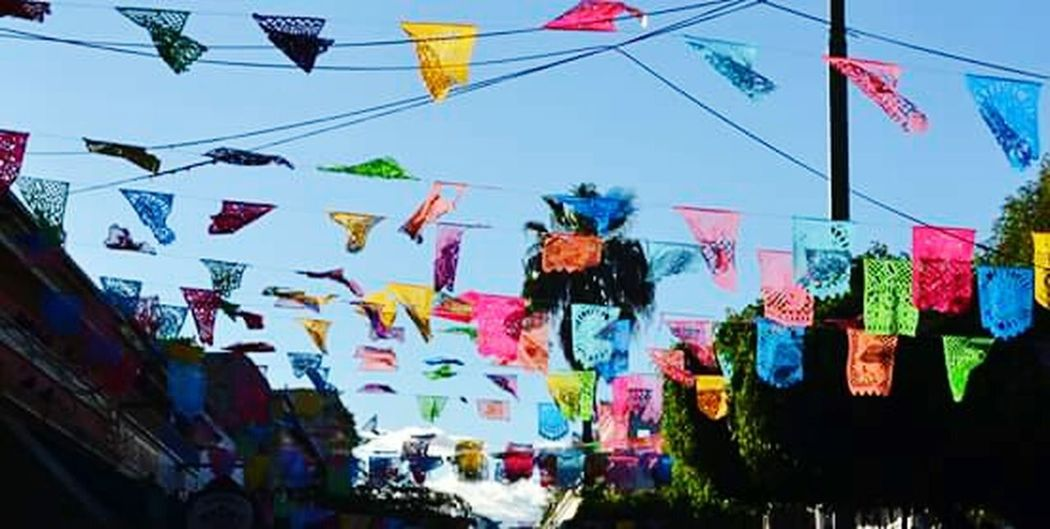 Colorful Enjoying Life Colours Blackout Hello World Lifeisbeautiful Flags Mexican Culture Mexicanphotographer Colourfull Greatescape